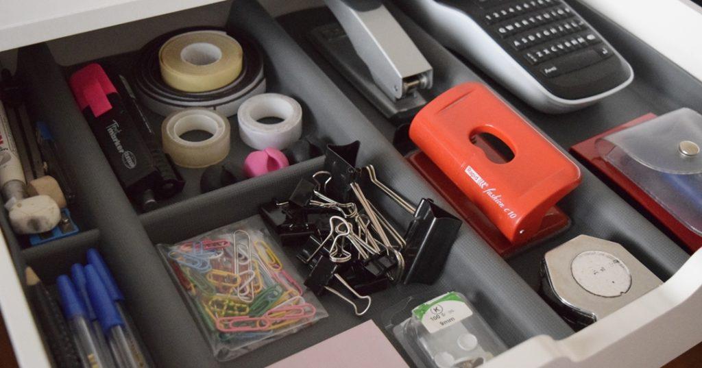 Organiziranje ladica i uredskog pribora